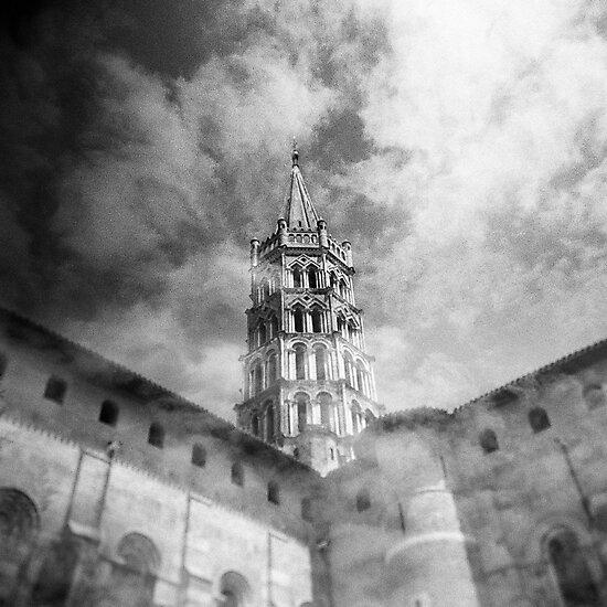 Les nuages et la basilique by sandybirze