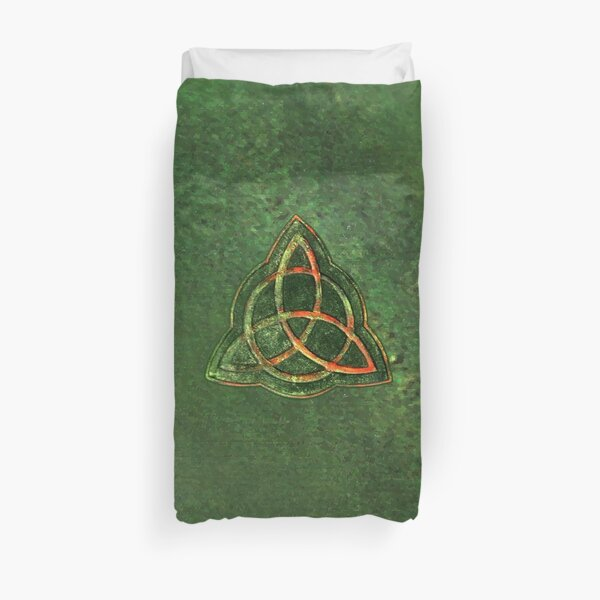 Book of Shadows - Charmed Triquetra Design Duvet Cover