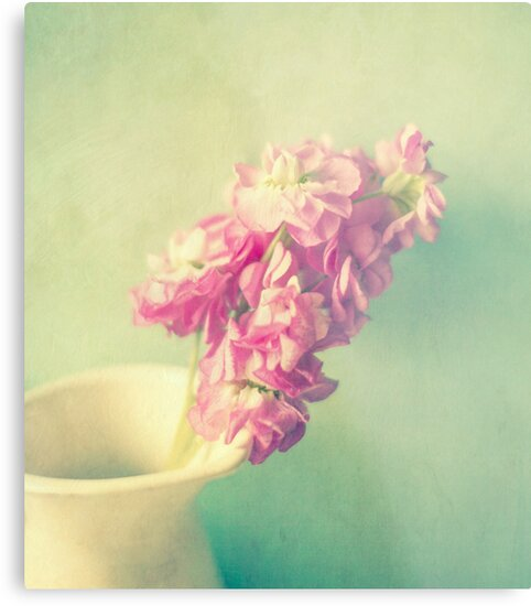 Aqua Mist by Nicola  Pearson