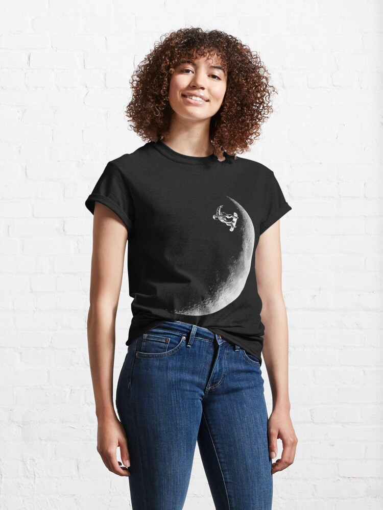 Alternate view of Moon boarder - Astronaut Skateboarding Design Suitable for Men and Women Classic T-Shirt