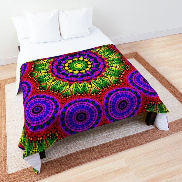 AROUND TWELVE Comforter