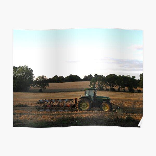 Tracteur et charrue en fin de journée Poster