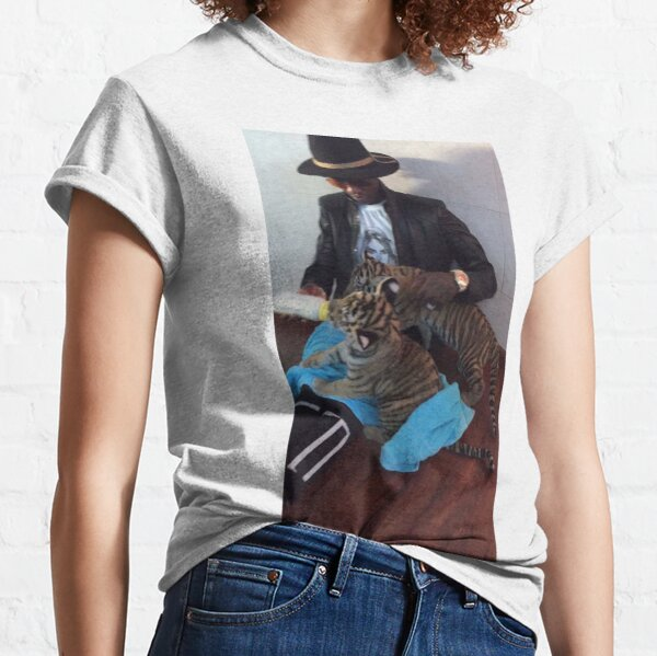 Young Thug Feeding Tigers Classic T-Shirt