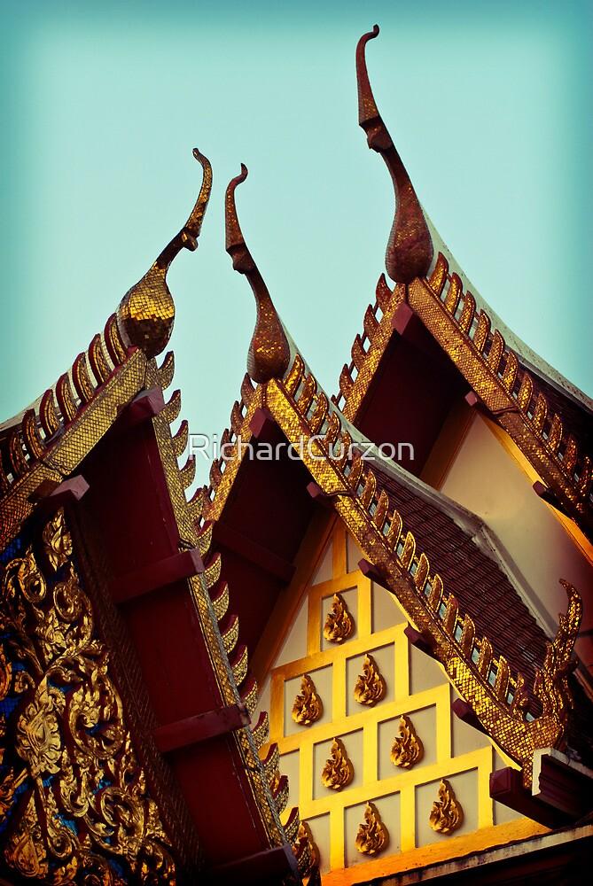 Thai Roof Shine by RichardCurzon