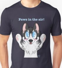 Paws in the air! T-Shirt