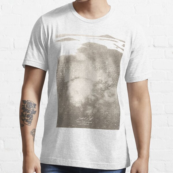 Misty Lab 2 Essential T-Shirt