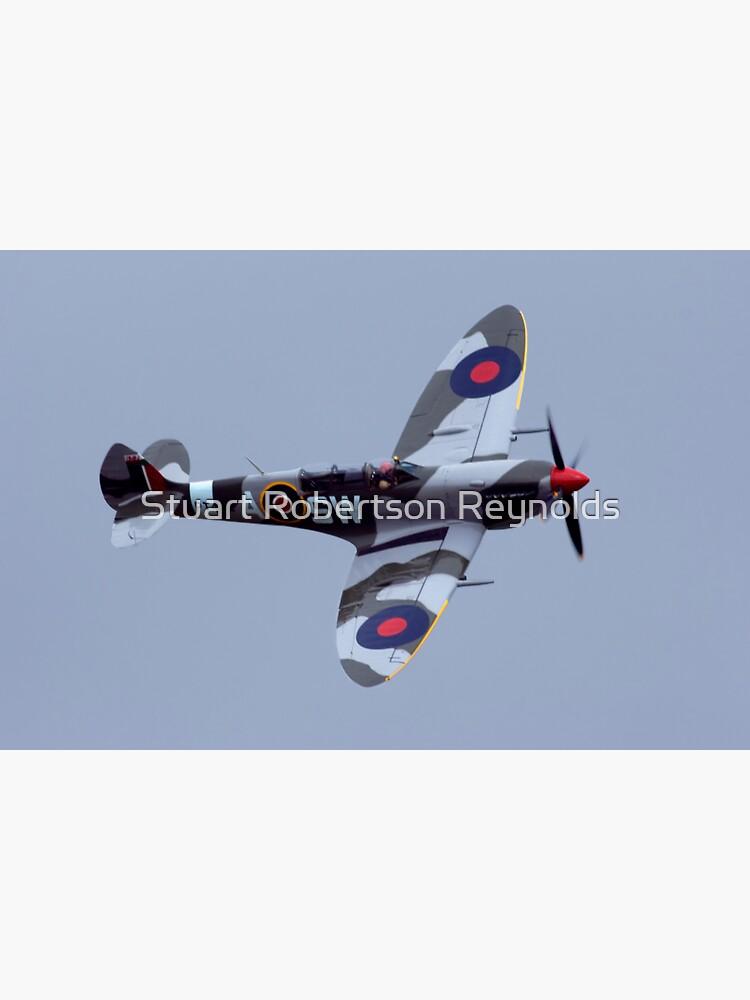 Spitfire flypast by Sparky2000