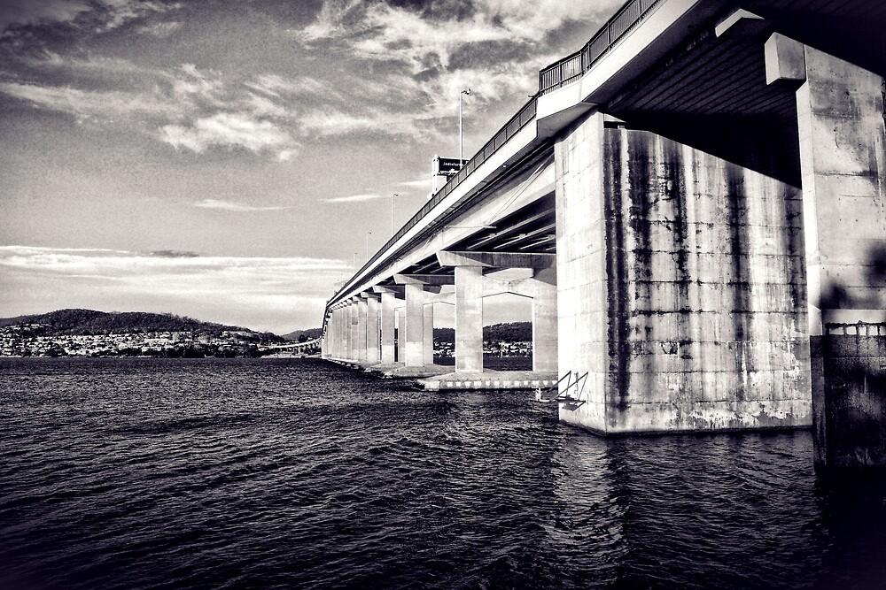 Tasman Bridge by craziwolf