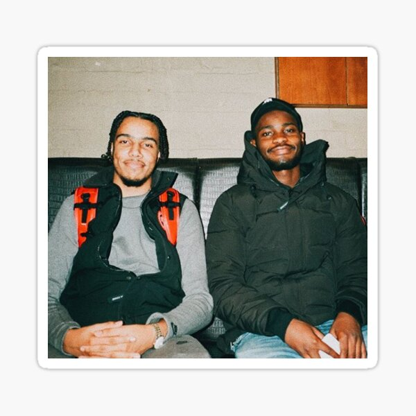 AJ Tracey und Dave Sticker