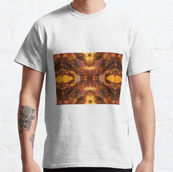 Leafes Classic T-Shirt