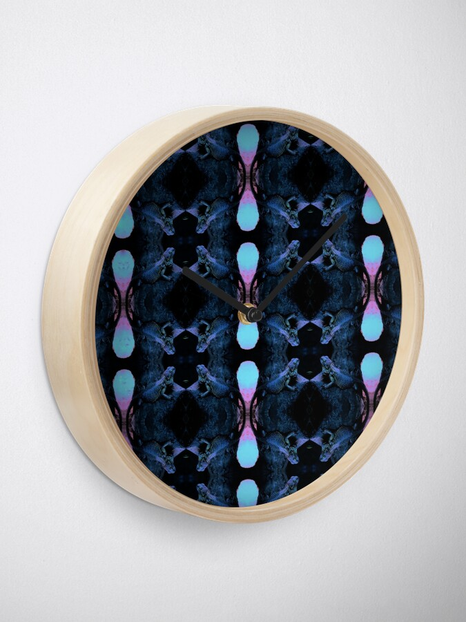 Alternate view of Psychedelic Bearded Dragon Pattern Clock