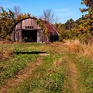 Standish Old Barn by gharris