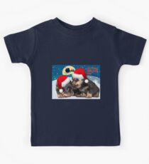 Puppy Christmas: I saw Mummy Kissing Santa Claus Kids Tee