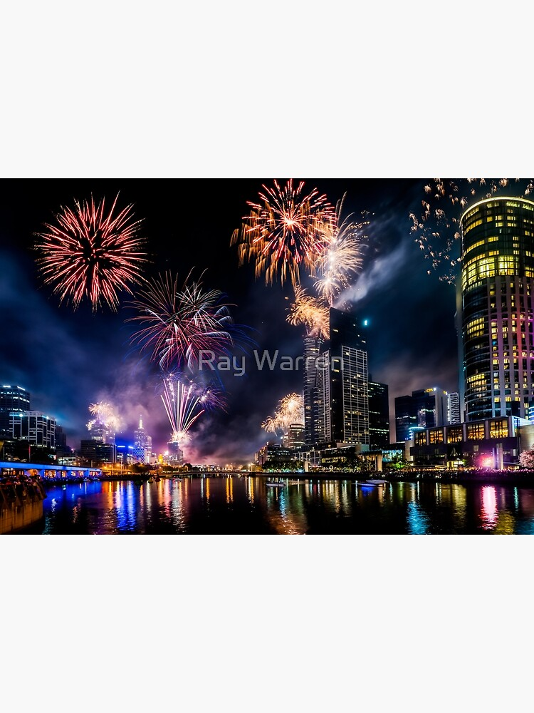 New Year Fireworks, Melbourne Australia by RayW