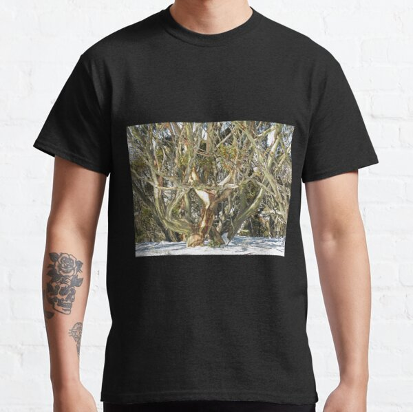 Colours of an entwined Snow Gum Classic T-Shirt