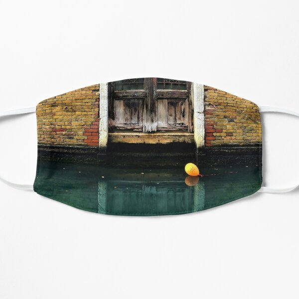 House entrance in Venice with balloon floating on water Flat Mask