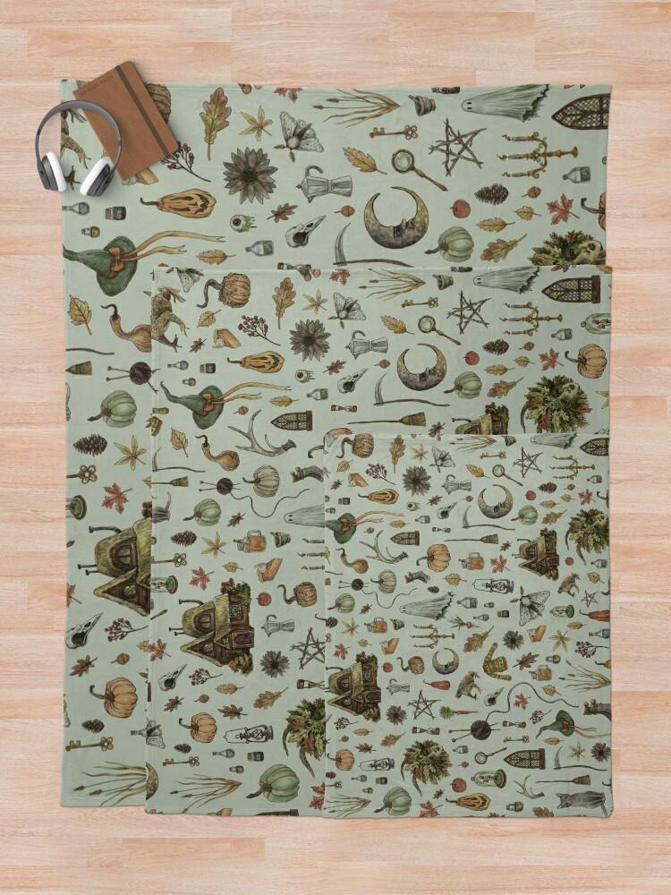 Alternate view of Green Cozy Crone Throw Blanket