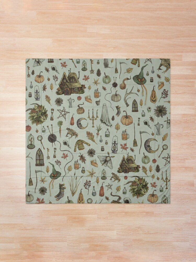Alternate view of Green Cozy Crone Comforter