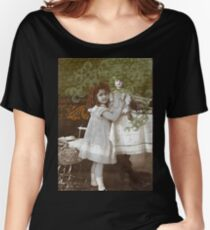 Edwardian Dollit Women's Relaxed Fit T-Shirt