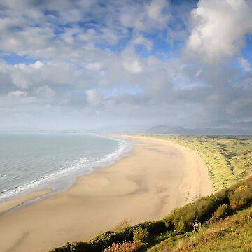 Harlech Beach, mid-Wales by mhowellsmead