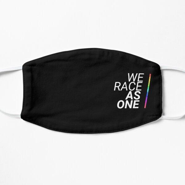 Nous courons comme un (noir) Masque sans plis