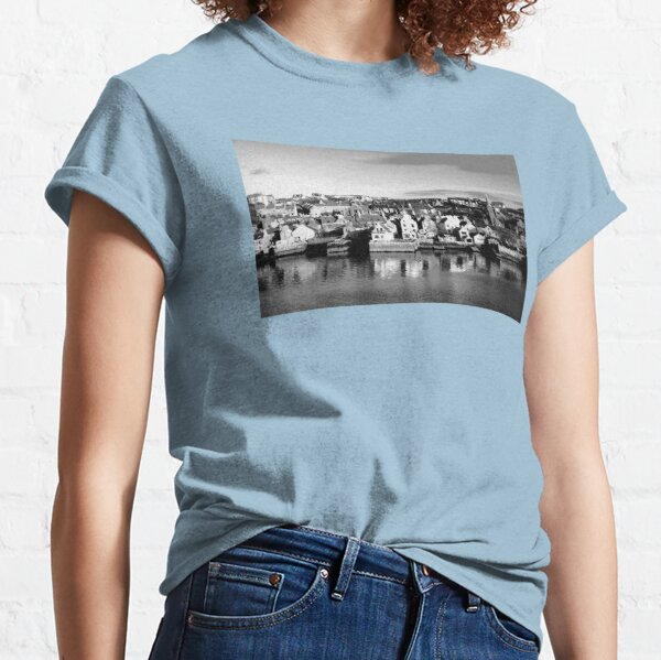 Stromness Orkney Islands (Chalk Sketch) Classic T-Shirt