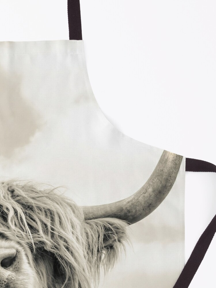 Alternate view of Cheeky Highland Cow  Apron