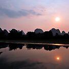 Li River Sunset, Yangshuo, China. by Ralph de Zilva