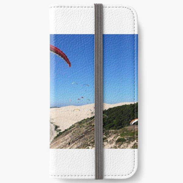 paraglider dune de pyla iPhone Flip-Case