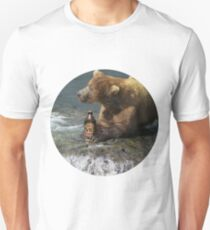 Bear catching beer in a river (Round) T-Shirt