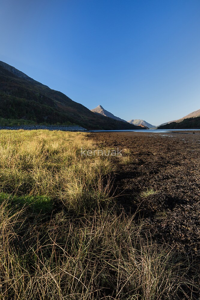 Kinlochleven Shoreline by kernuak