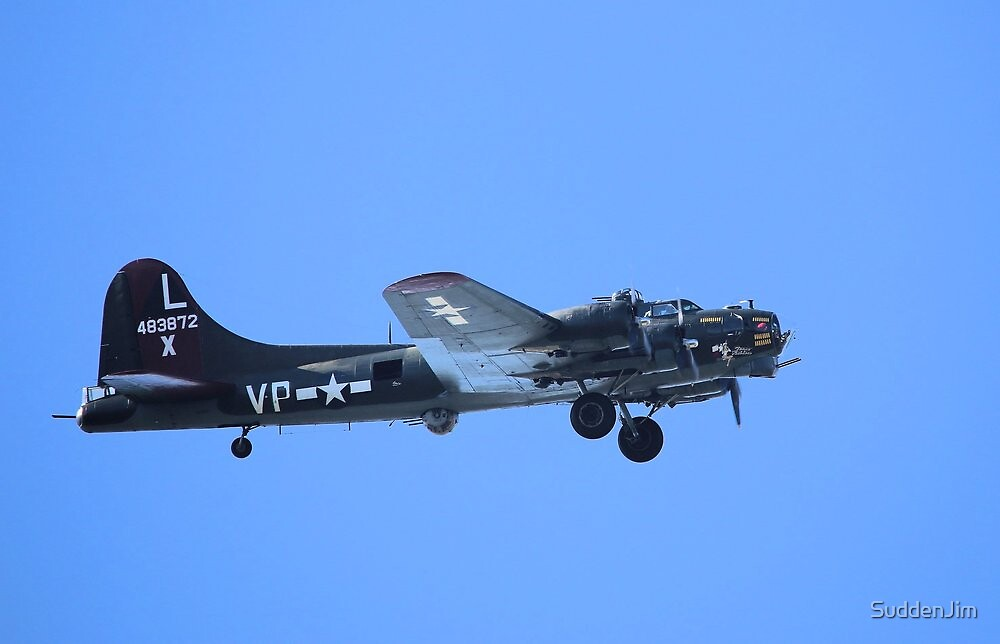 B-17 by SuddenJim
