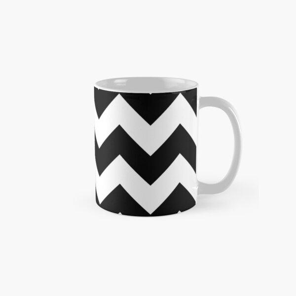 Heart & Chevron - Black/Classic Blue Mug classique