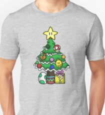 Super Mario - Mushroom Kingdom Christmas (Old) Unisex T-Shirt