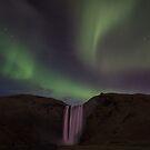 Northern lights at Skógafoss by Luka Skracic