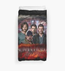 Supernatural Family dont end with blood 3  Duvet Cover