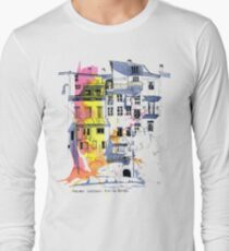 Maisons Suspendu, Pont-en-Royans, France T-Shirt
