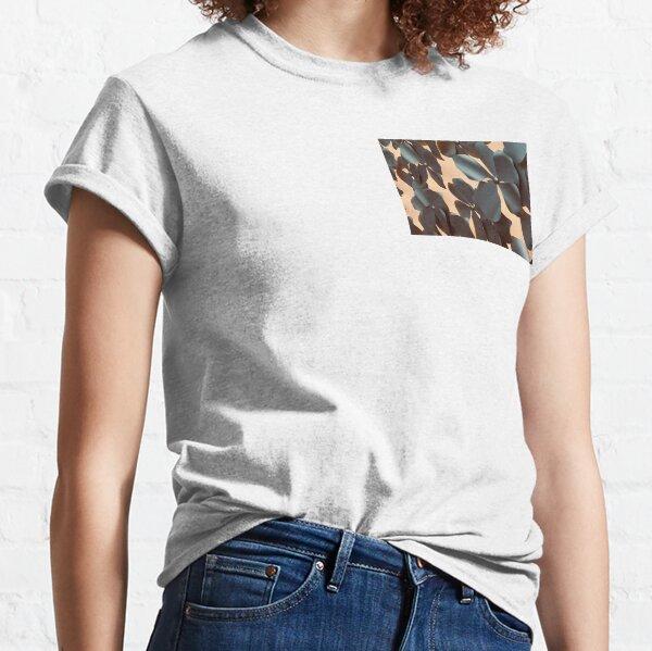 Steel flowers Classic T-Shirt
