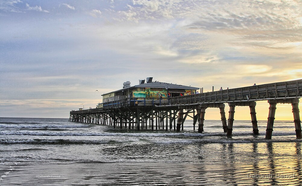 November Morning at Sun Glow Pier by Deborah  Benoit