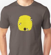 Beehive with 3 busy bees Unisex T-Shirt