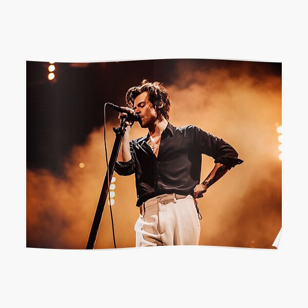 Harry chante Poster