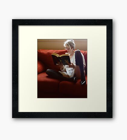 Stone Cold Fox Says Reading Is Sexy  Framed Print