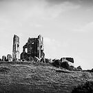 England Panorama BW - Corfe Castle by lesslinear
