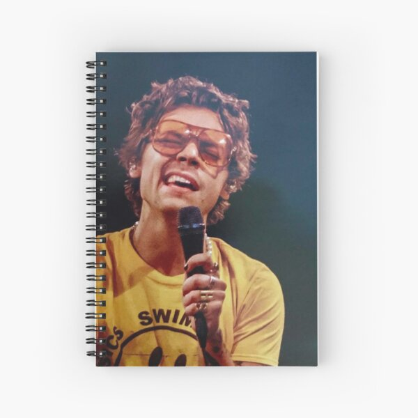 Harry cantando Cuaderno de espiral