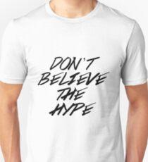 Camiseta ajustada No creas el bombo