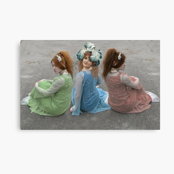 MIDDLE CHILD ALWAYS TRYING TO BE DIFFERENT Canvas Print