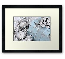Christmas gift box Framed Print