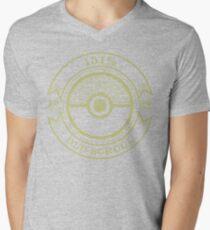 151% Old School Men's V-Neck T-Shirt