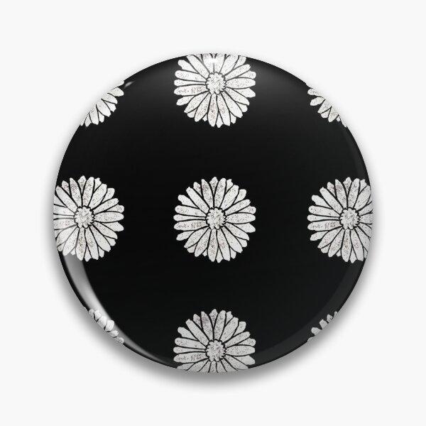White Daisy Pattern Pin