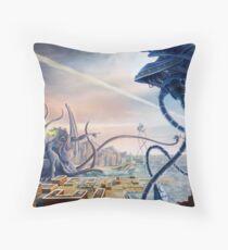 War of the Worlds Vs. Cthulhu  Throw Pillow